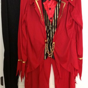 BuyCostumes, 2014. Front view of Underworld Ringmaster costume