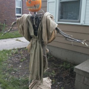 Halloween 2003 Scarecrow (didn't survive)
