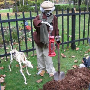 our 2007 gravedigger with his dog