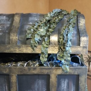 Seaweed made from trash bags and yellow spray paint...love the look