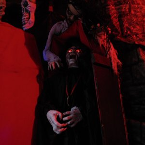 My jumping Vampire in the coffin was one of my best scares. I had around 10 big prop scares, in my crowed haunt.