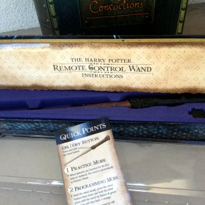 HarryRCWand, 2014. Even the wand area has a nice plastic cover to it. The instructions and Quick Start Up instructions are laminated as well.