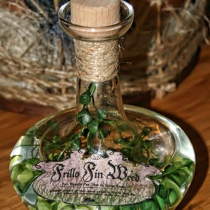 Frilla Fin Weed Bottle