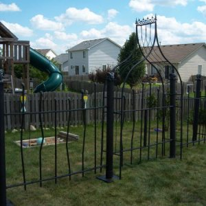 Cemetery Fence - thanks again to HauntedHost for donating the garden arch!!