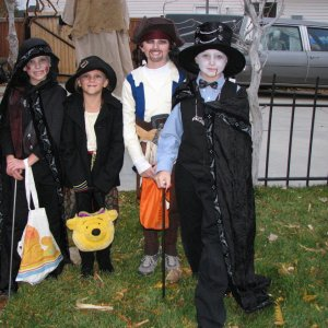 IMG 2401http://www.halloweenforum.com/album.php?albumid=11105&attachmentid=210875
