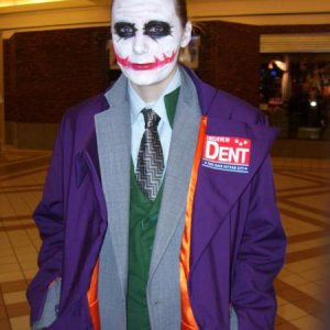 joker at mall i support dent