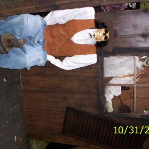 Halloween Day and Night 2008 023