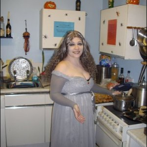glamour ghoul in the kitchen