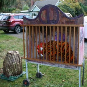 Tiger cage with Dragon egg