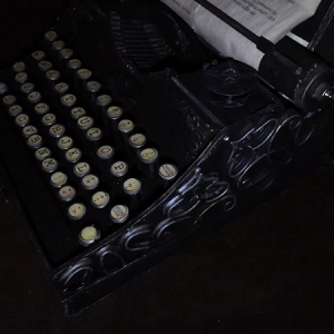 Side view of typewriter .