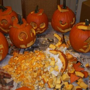 A few days b4 the wedding we carved pumpkins