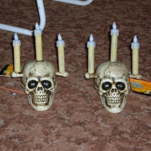 A pair of skullabras with motion sensor...might have to do a rip apart to get the sensors out....
