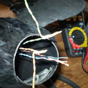 5 volt positive and negititve wires spliced for servo power