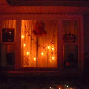 outdoor H'ween decor