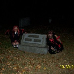 take a pic with a tombstone