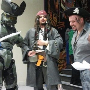 POTC OST Premier! Youc an see my buddy Master Cheif dressed up for the occasion