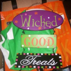wicked treat sign..